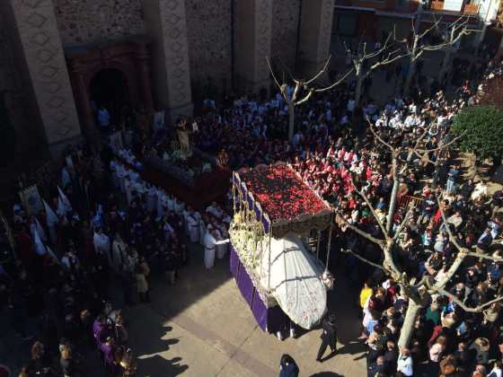 procesion del resucitado en herencia6 560x420 - Procesión del Resucitado en Herencia. Fotografías y vídeos