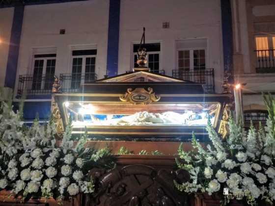 Cristo Yacente de Herencia2 560x420 - Estación de Penitencia de la Cofradía del Santo Entierro