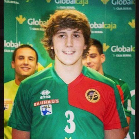"""Francisco Javier Fernandez Galan Limonero asobal balonmano - Limonero: """"El balonmano me enganchó por su espíritu de deportividad"""""""