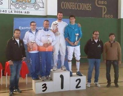 Mario Fernández, tirador del club de esgrima Dumas, ganador del Torneo Regional de Ranking de La Roda