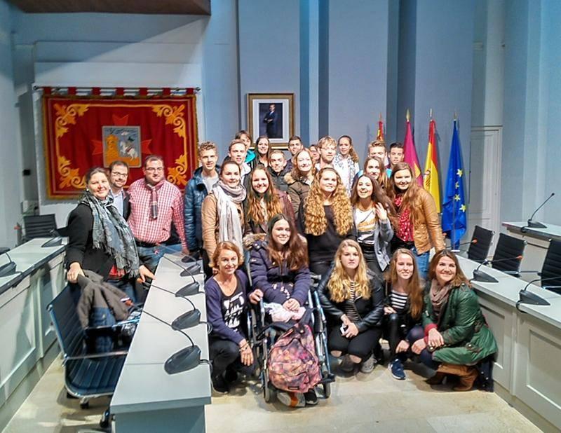 alumnos holandeses intercambio con alcazar - El ayuntamiento abre sus puertas a los alumnos holandeses que participan en un programa de intercambio