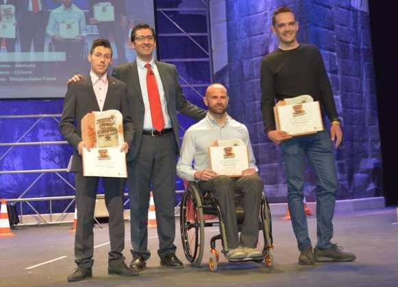 entrega de premios gala del deporte provincial de ciudad real en Herencia4 581x420 - Los mejores deportistas de la provincia son premiados en Herencia