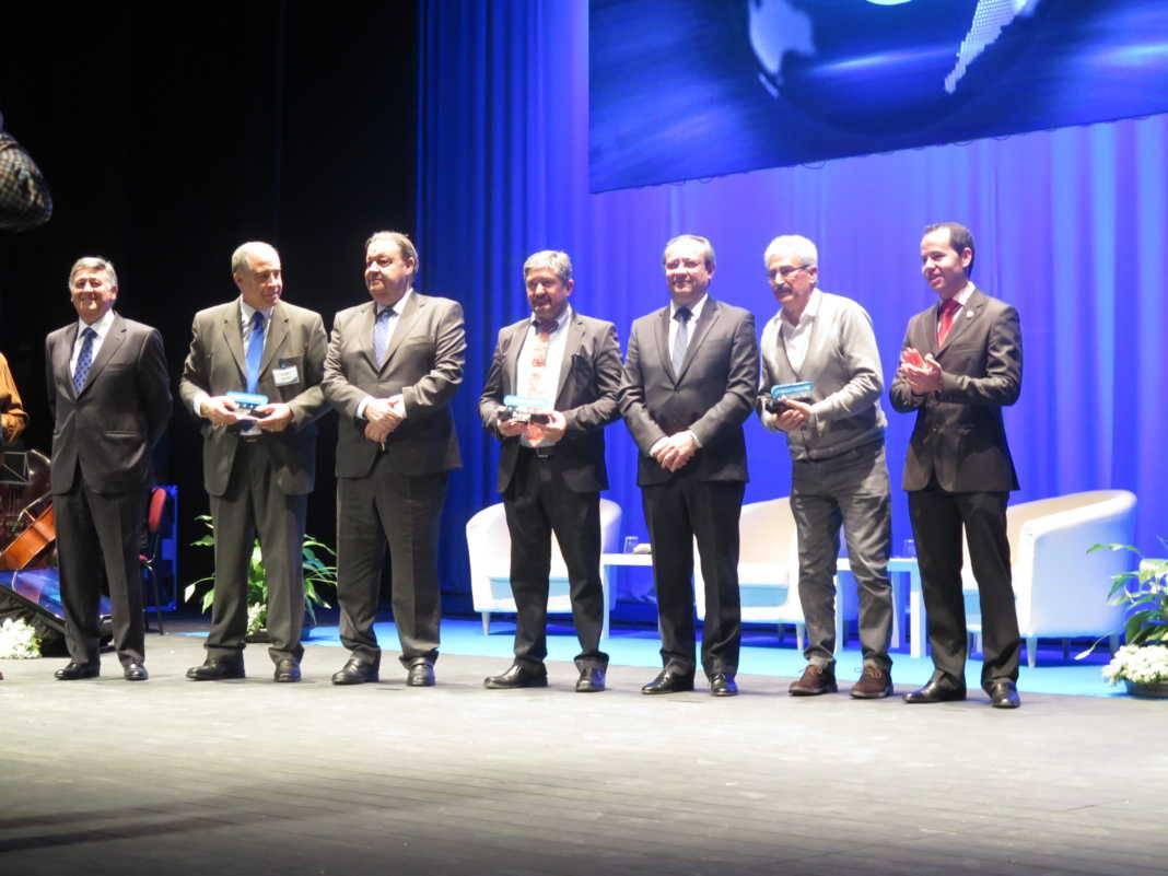 El gobierno regional presenta su Plan Adelante en la gala aniversario de Tecnove 1
