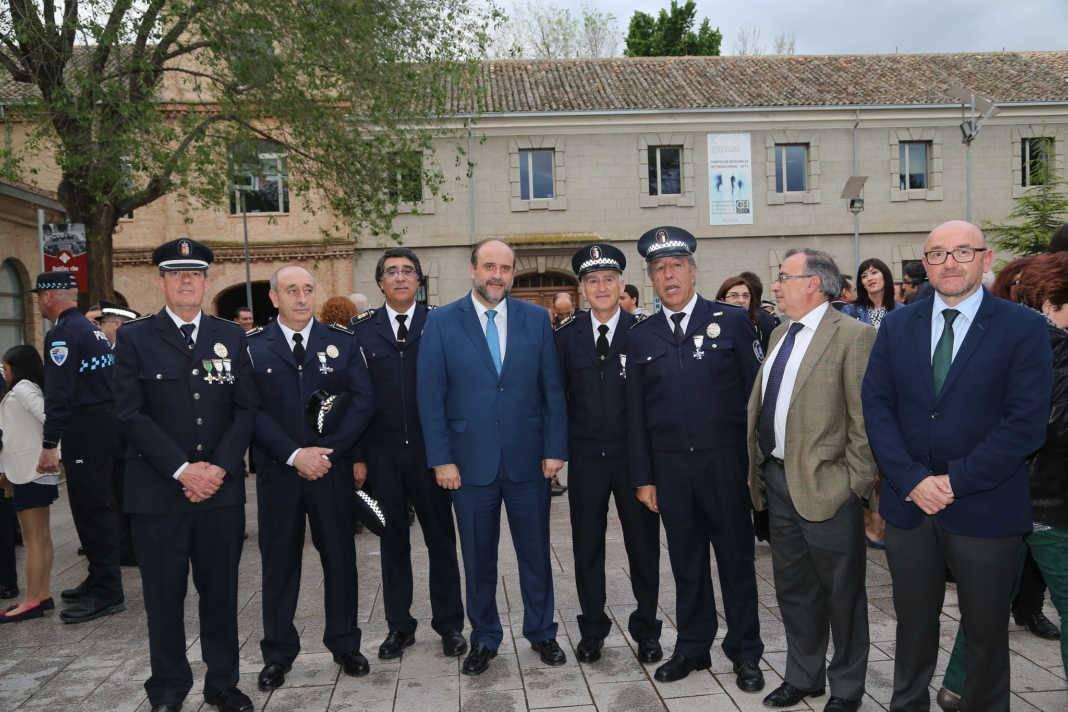 policia local y gobierno regional 1068x712 - El Gobierno regional elaborará una Carta Marco de Servicios Policiales