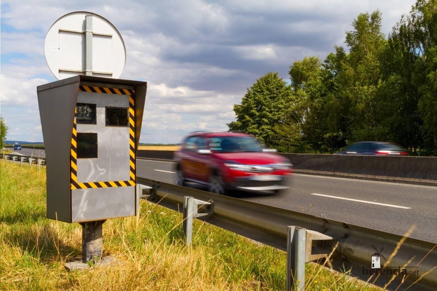 radar en carretera espana - Ciudad Real y Cuenca tienen algunos de los radares que más multan en España