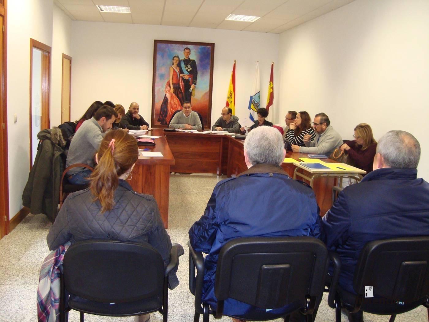 reunion promancha 1 - Promancha celebra asamblea general para aprobar la Estrategia de desarrollo comarcal del programa 2014-2020
