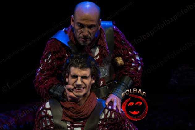 """teatro en herencia el cerco de numancia 6 631x420 - Lleno en el estreno """"El Cerco de Numancia"""" en Herencia"""