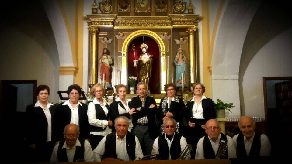 grupo de mayos de Herencia en la ermita de san José