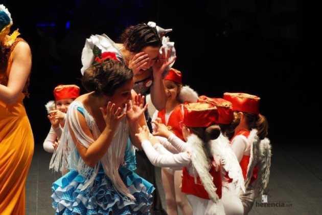 Festival Mago de Oz de los grupos de Danza de la Universidad Popular de Herencia13 630x420 - Galería fotográfica del Festival de danza y música del Mago de Oz