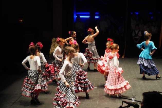 Festival Mago de Oz de los grupos de Danza de la Universidad Popular de Herencia19 630x420 - Galería fotográfica del Festival de danza y música del Mago de Oz