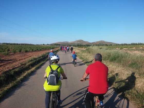 IX Marcha en bicicleta contra el c%C3%A1ncer090 560x420 - Galería de fotos y vídeo de la IX Marcha en bicicleta