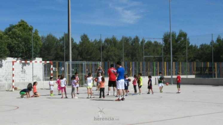 deporte en clausura de escuelas deportivas 8 746x420 - Fiesta de fin de curso de las Escuelas Deportivas Municipales