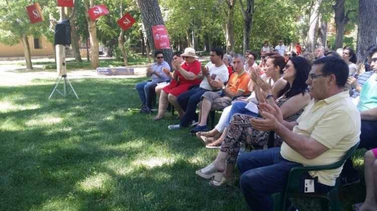 encuentro psoe herencia publico 749x420 - PSOE organizó un encuentro intergeneracional en Herencia