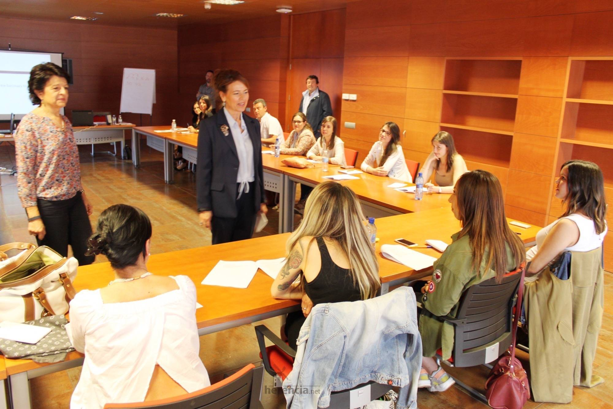 jornada menores contra abuso infantil 1 - Primera Jornada formativa sobre sensibilización y protocolos de actuación en material de abuso infantil