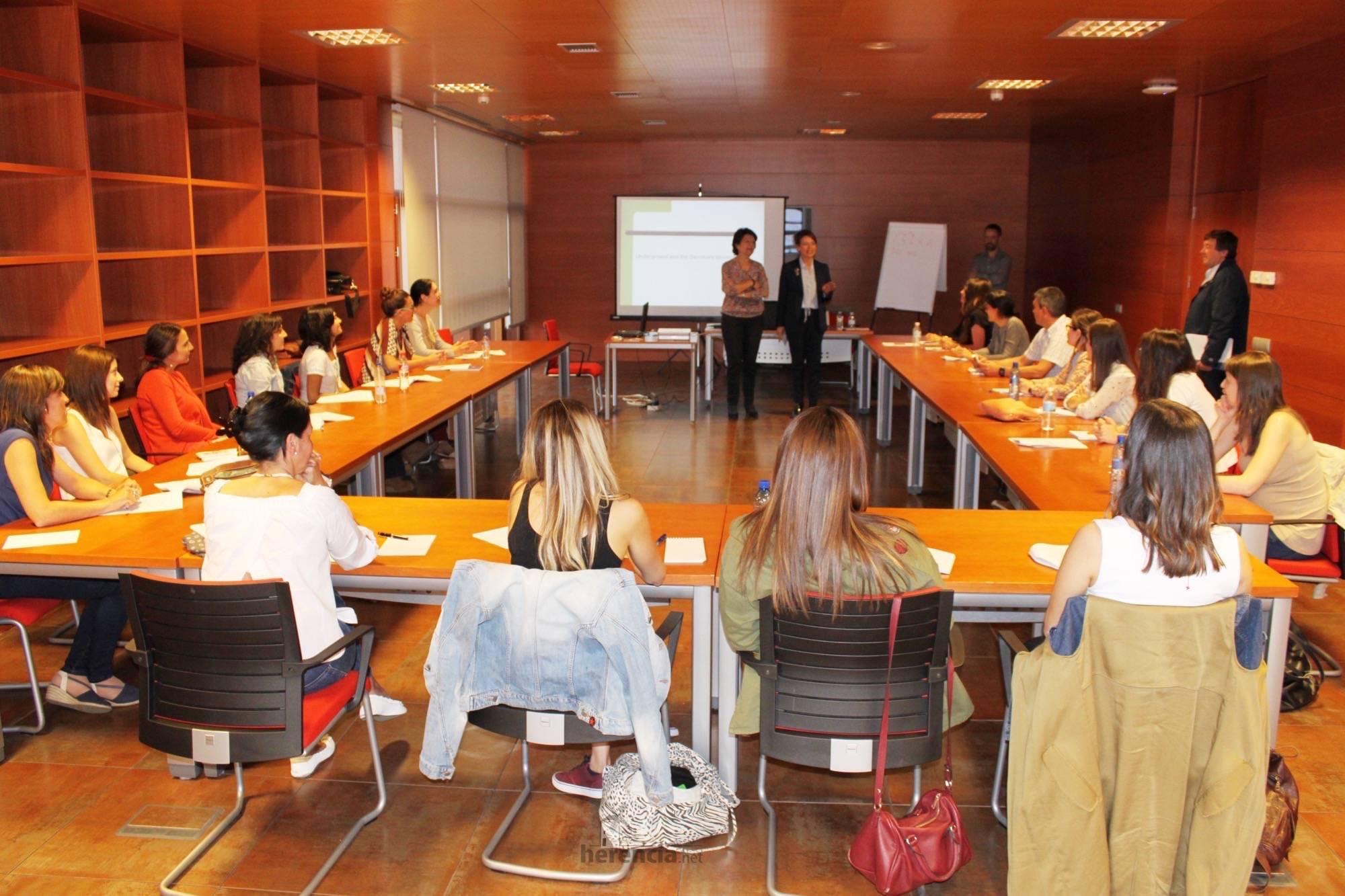 jornada menores contra abuso infantil 2 - Primera Jornada formativa sobre sensibilización y protocolos de actuación en material de abuso infantil