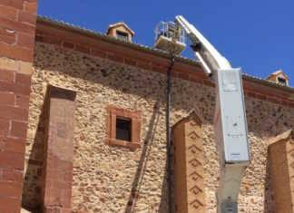 Obra limpieza de los tejados iglesia parroquial de Herencia