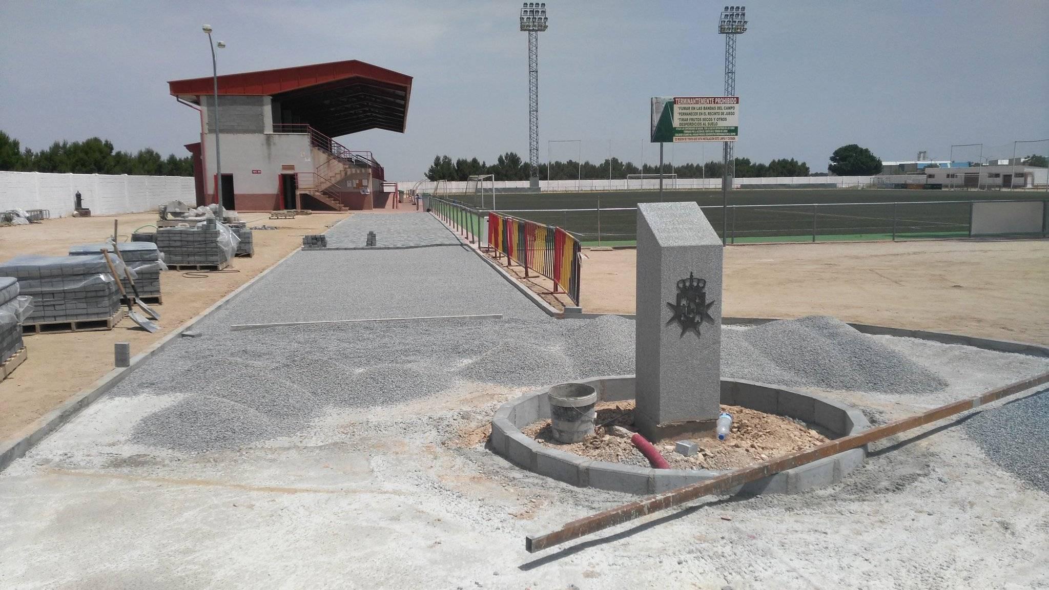 obras en el campo de futbol de herencia - Obras en el campo de fútbol de nuestra localidad