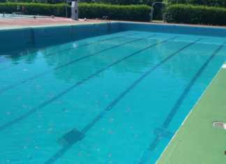 Piscina Municipal de Herencia llenándose para Verano 2016