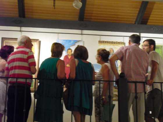 Exposicion de oleos de Inmaculada Garcia Vallejo y Jesus Mata 15 560x420 - Galería de fotos Exposición de Óleos de Inmaculada García Vallejo y Jesús Mata