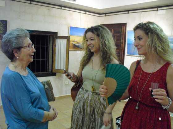 Exposicion de oleos de Inmaculada Garcia Vallejo y Jesus Mata 20 560x420 - Galería de fotos Exposición de Óleos de Inmaculada García Vallejo y Jesús Mata