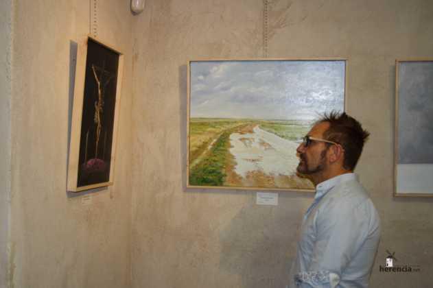 Exposicion de oleos de Inmaculada Garcia Vallejo y Jesus Mata 29 631x420 - Galería de fotos Exposición de Óleos de Inmaculada García Vallejo y Jesús Mata