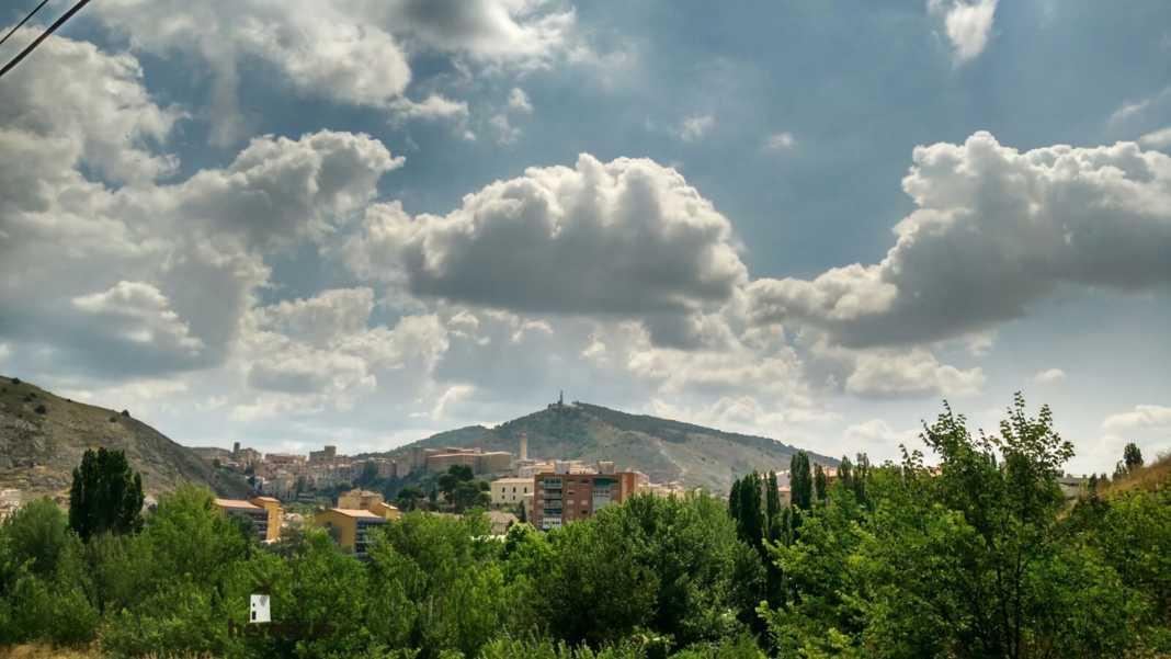 Perlé por el mundo en Cuenca hacia Huélamo