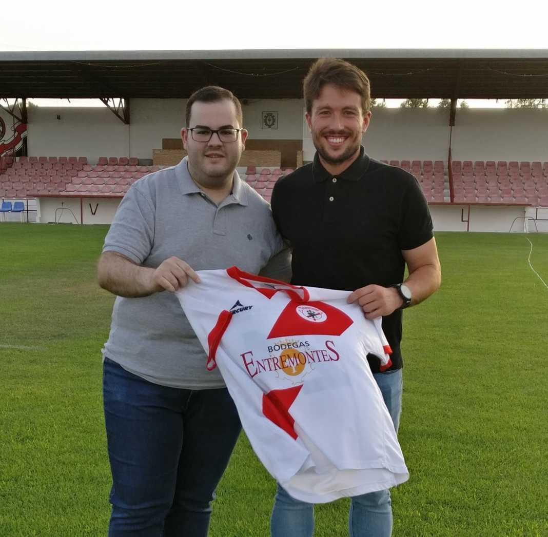 ÁngelDa ficha como nuevo entrenador de porteros del CD Quintanar 1