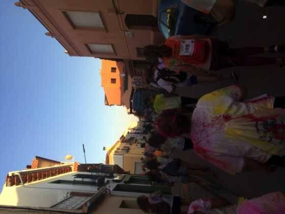 carrera herencia colours run con movil de 61 560x420 - La Marcha Herencia Colours mueve a más de 600 herencianos