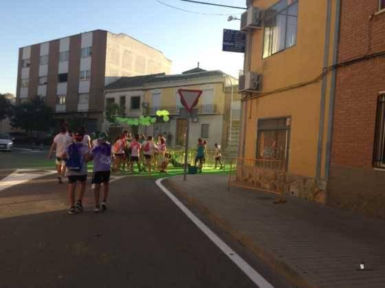 carrera herencia colours run con movil de 70 560x420 - La Marcha Herencia Colours mueve a más de 600 herencianos