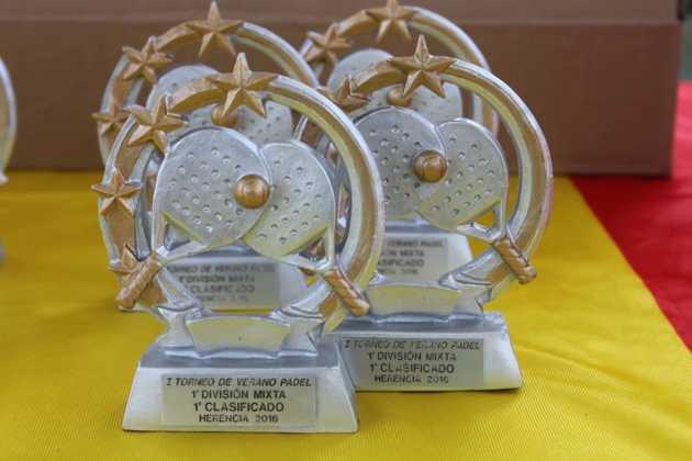 2016 torneo de padel de verano en herencia 13 630x420 - Fotografías del primer Torneo de Pádel de Verano en Herencia