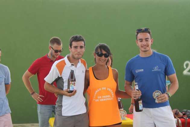 2016 torneo de padel de verano en herencia 5 630x420 - Fotografías del primer Torneo de Pádel de Verano en Herencia