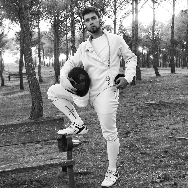 Mario Fernandez Martin de Ruedas tirador de club esgrima dumas de herencia - Herencia en lo alto de la Esgrima regional con Mario Fernández