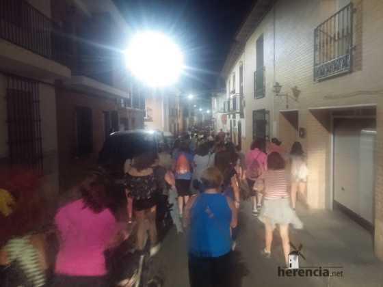 Ruta nocturna en Herencia Luna de Agosto09 560x420 - Éxito de la V ruta de senderismo Luna de noche. Galería fotográfica