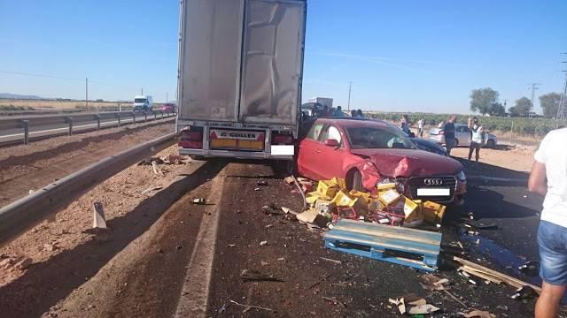 accidente en autovia a 4 en manzanares dia 18 agosto 2016 12 - Dos muertos y 39 heridos en un accidente múltiple en la A-4 a la altura de Manzanares