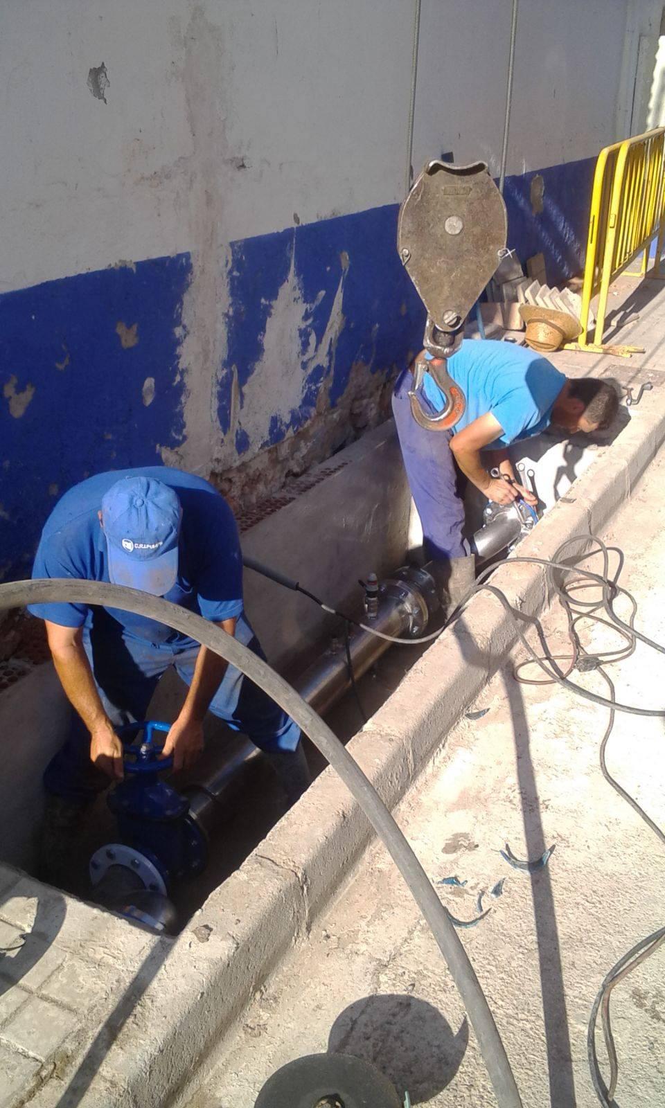 Solucionando problemas de presión de agua en calle Cervantes 1