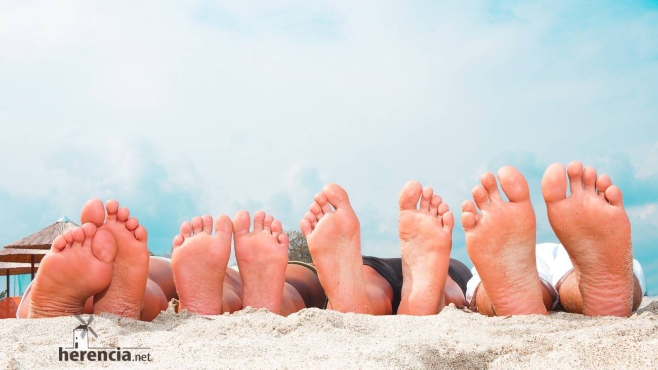 cuidado de nuestros pies en verano Herencia Ciudad Real - Consejos para tus pies en verano por el podólogo Francisco Gómez-Calcerrada