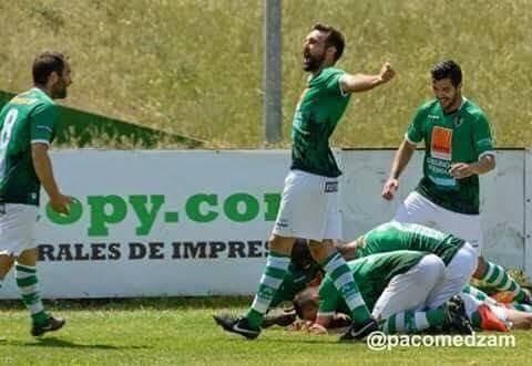 elias molina prados jugando futbol 1 - Elias Molina retorna al Club Polideportivo Cacereño SAD