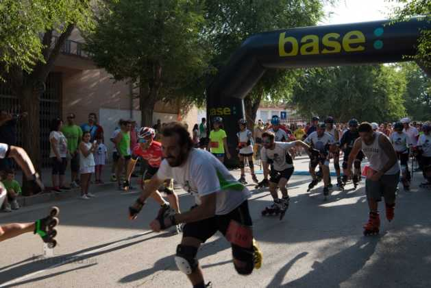 01 salida patines en 40 carrera popular herencia 13 629x420 - Fotografías de previos, salida patines y carrera en Carrera Popular Herencia