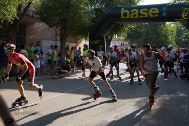 01 salida patines en 40 carrera popular herencia 15 629x420 - Fotografías de previos, salida patines y carrera en Carrera Popular Herencia