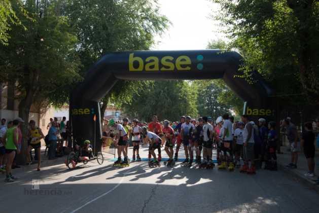 Fotografías de previos, salida patines y carrera en Carrera Popular Herencia 31