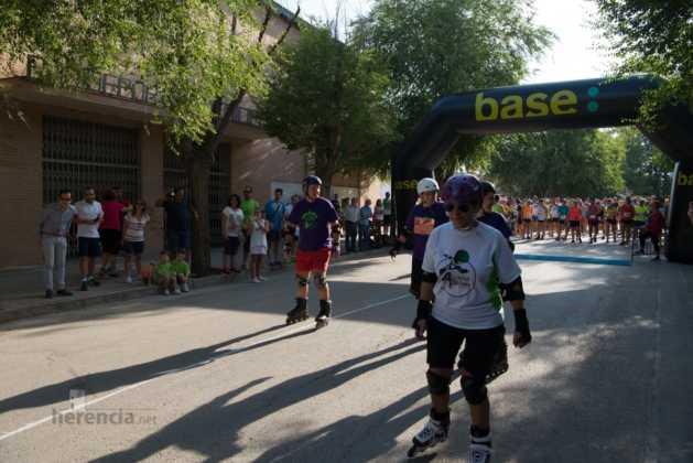 01 salida patines en 40 carrera popular herencia 20 629x420 - Fotografías de previos, salida patines y carrera en Carrera Popular Herencia