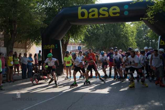 Fotografías de previos, salida patines y carrera en Carrera Popular Herencia 35