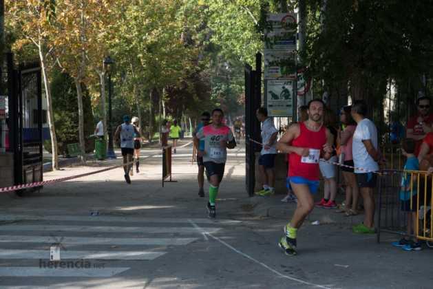 """40 carrera popular herencia ciudad real entradas a meta 10 629x420 - Fotografías de llegadas a meta en 40 Carrera Popular """"Villa de Herencia"""""""