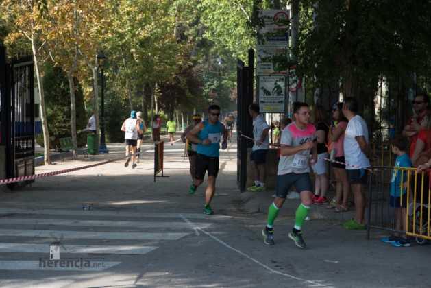"""40 carrera popular herencia ciudad real entradas a meta 11 629x420 - Fotografías de llegadas a meta en 40 Carrera Popular """"Villa de Herencia"""""""