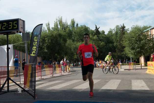 """Fotografías de llegadas a meta en 40 Carrera Popular """"Villa de Herencia"""" 112"""