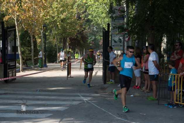 """40 carrera popular herencia ciudad real entradas a meta 12 629x420 - Fotografías de llegadas a meta en 40 Carrera Popular """"Villa de Herencia"""""""