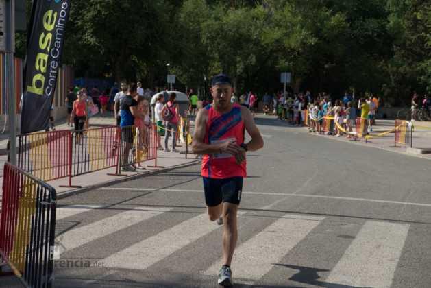 """40 carrera popular herencia ciudad real entradas a meta 126 629x420 - Fotografías de llegadas a meta en 40 Carrera Popular """"Villa de Herencia"""""""