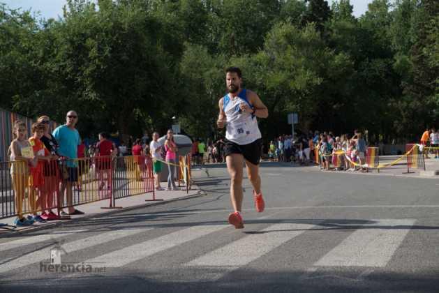 """Fotografías de llegadas a meta en 40 Carrera Popular """"Villa de Herencia"""" 163"""