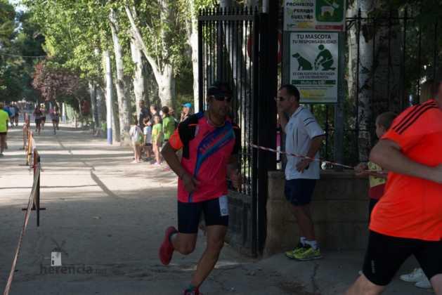 """40 carrera popular herencia ciudad real entradas a meta 18 629x420 - Fotografías de llegadas a meta en 40 Carrera Popular """"Villa de Herencia"""""""