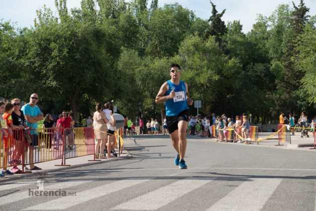 """Fotografías de llegadas a meta en 40 Carrera Popular """"Villa de Herencia"""" 189"""
